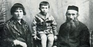 מוניש ליאה'ס החזן ומשפחתו