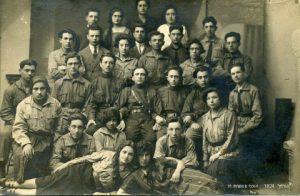 תנועת החלוץ בצ'ורטקוב אוסף משפחת דג Hachalutz movement in Czortkow (4) (Mobile)