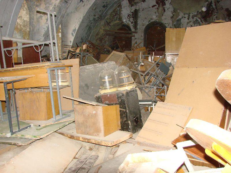 בית הכנסת כמחסן גרוטאות