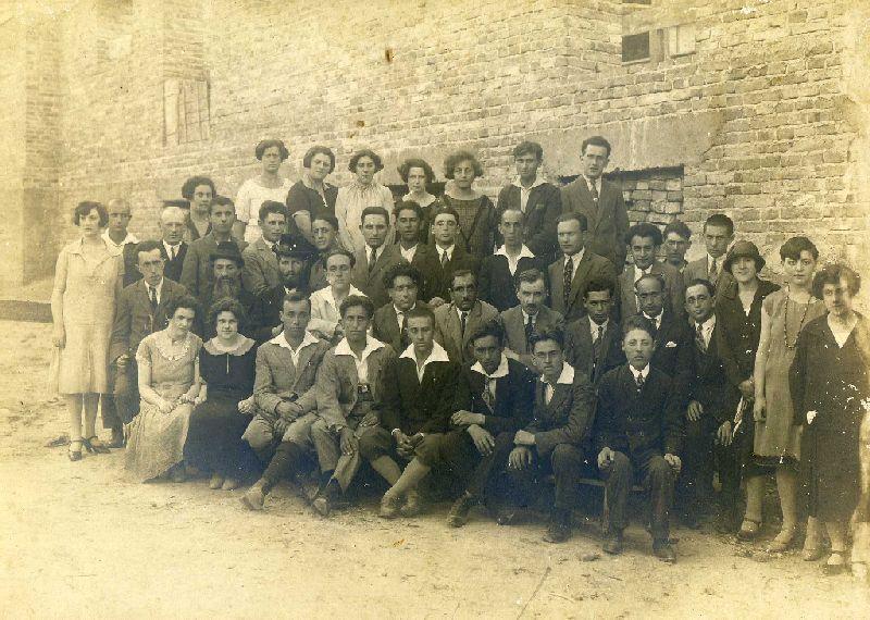 וועדת תרבות של התנועות הציוניות בצ'ורטקוב ץ סוף שנות העשרים תחילת שלושים אוסף יזהר כבן001